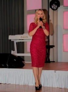 Moderatorin Eva Grünbauer