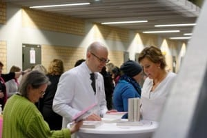 Prof. Dr. Sven Mahner und Autorin Nicole Staudinger