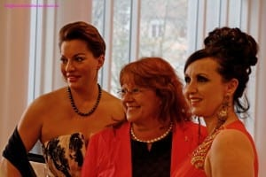Vlnr: Julia Dahmen; Renate Haidinger; Angelika Zwerenz