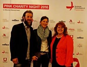 Botschafterin Katharina Gutensohn mit Ehemann und Renate Haidinger